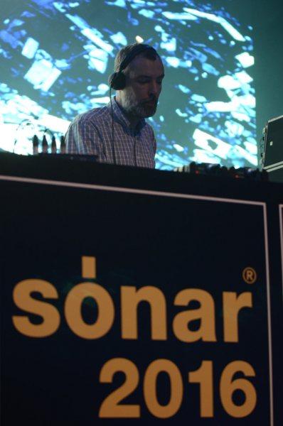 Sonar2016-Day2-Night-IntergalacticGary-_DSC0952