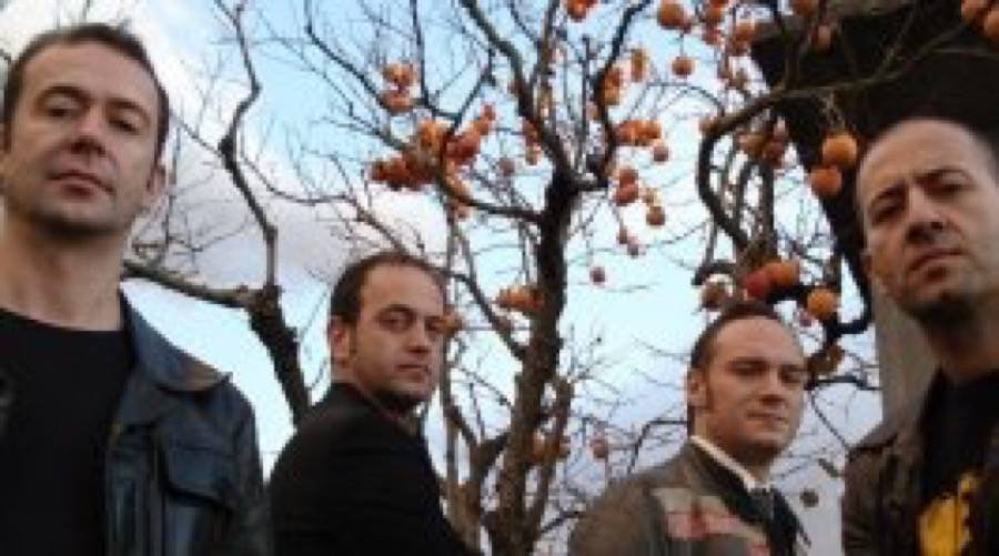 Quintorigo nel nuovo album ospite juliette lewis news for Ospite inglese