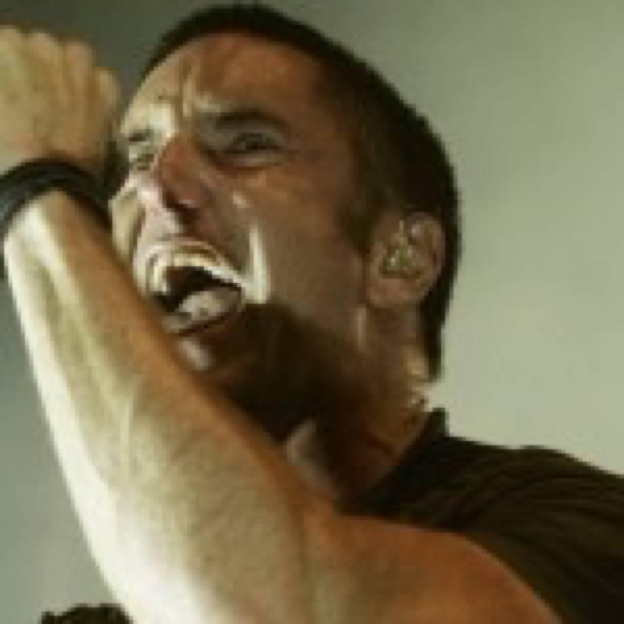 """Nine Inch Nails. Reznor prende di mira Kanye e the Weeknd: """"Mi hanno copiato il live show"""""""