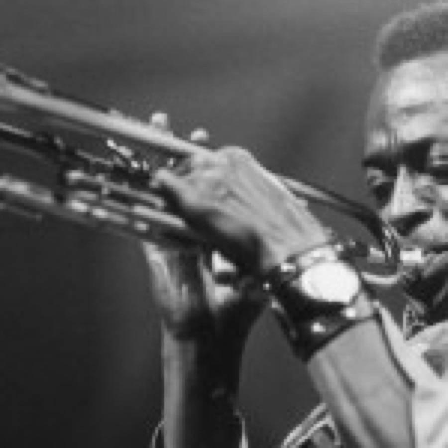 """Miles Davis: una versione live inedita di """"Stella by Starlight"""" e un nuovo capitolo delle bootleg series"""