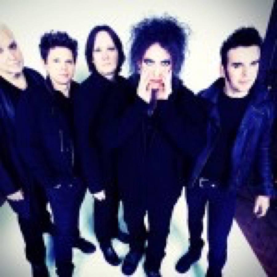 Glastonbury 2019, la line-up ufficiale. The Killers e The Cure gli ultimi due headliners