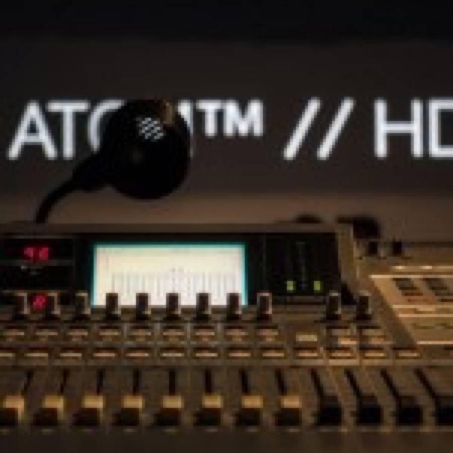 Ich bin meine maschine: intervista a Atom TM