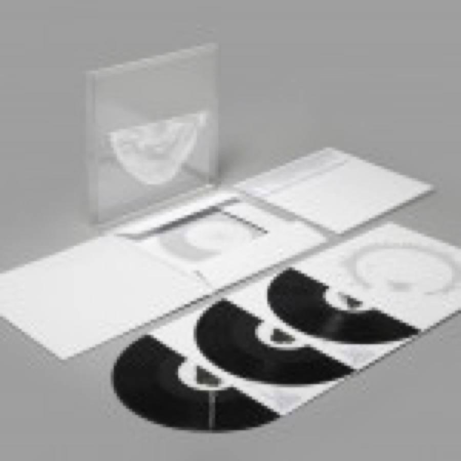 Si alza il sipario sul nuovo Aphex Twin: first listen e recensioni (compresa la nostra) di Syro