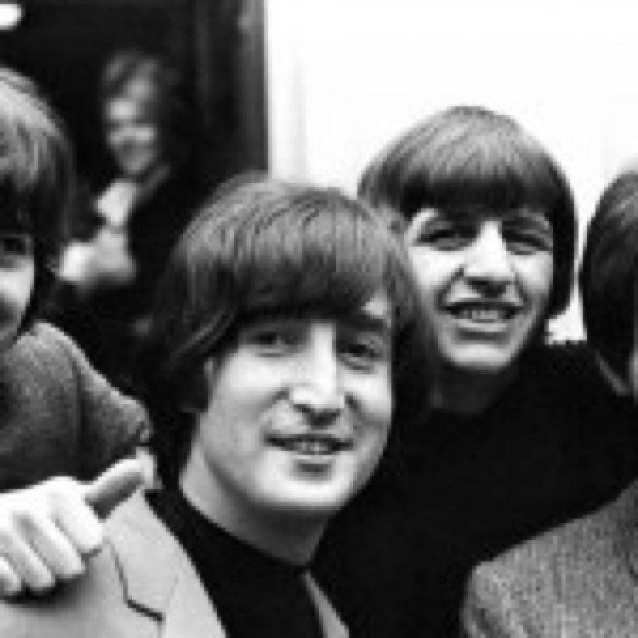 """Beatles in HD: in uscita il 6 novembre le raccolte video """"1"""" e """"1+"""". Nel frattempo Ringo svuota la cantina"""