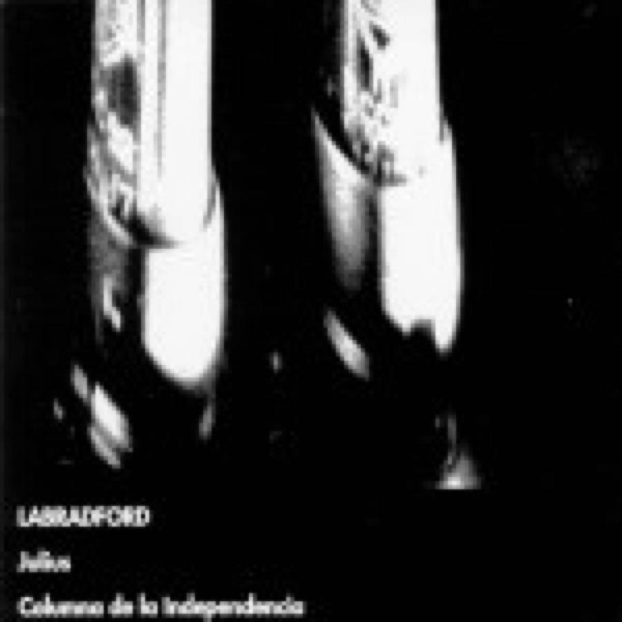 Julius / Columna De La Independencia