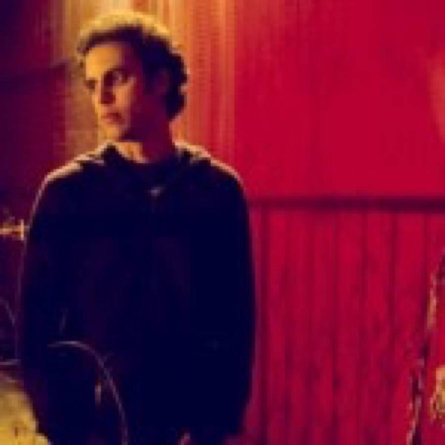 """Four Tet pubblica l'inedito """"Digital Arpeggios"""" con l'alias Percussions"""
