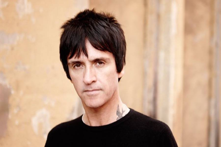 JohnnyMarr_Press_JONSHARD210714