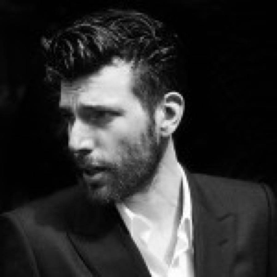 """""""Cosa ne pensi Sergio"""" è il nuovo singolo di Bugo"""