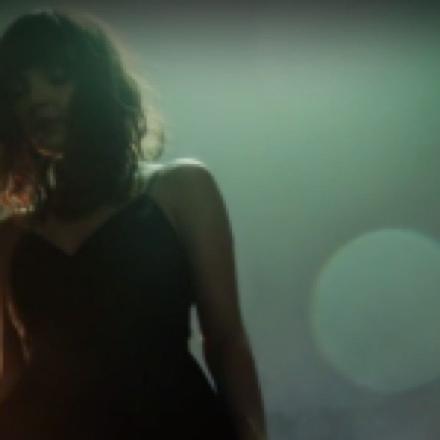 CHVRCHES – Leave A Trace