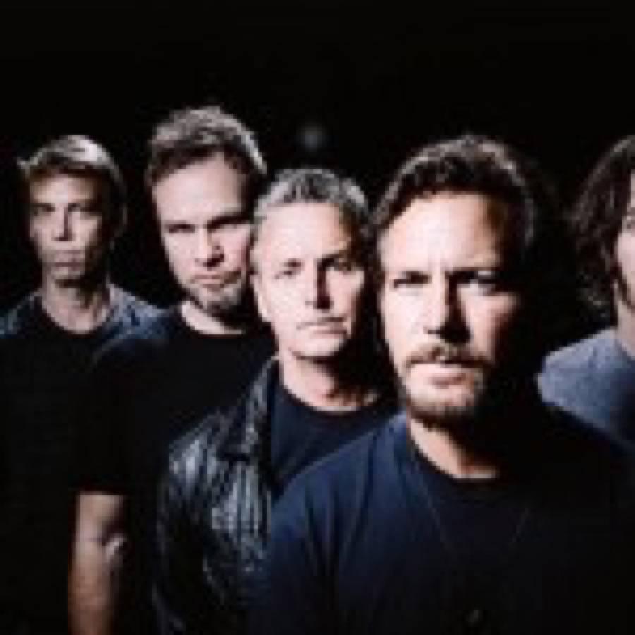 """I Pearl Jam hanno suonato per intero """"Ten"""" a Philadelphia"""
