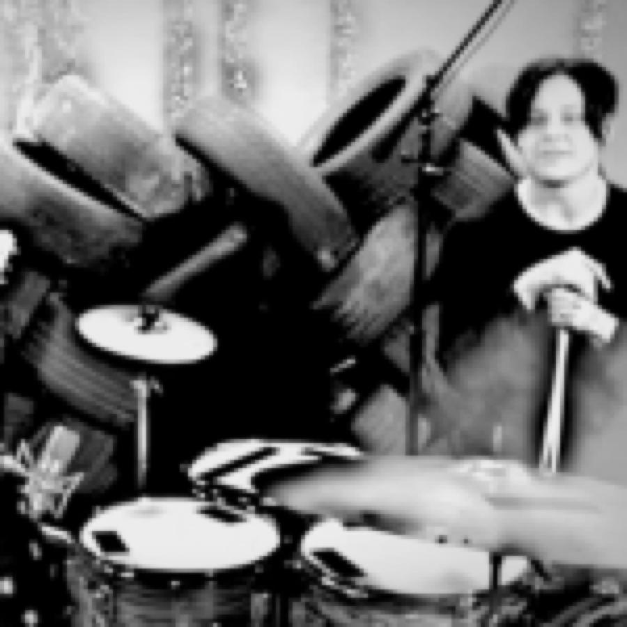"""The Dead Weather. Un tutorial di Jack White sulla batteria e il nuovo singolo """"Cop And Go"""""""