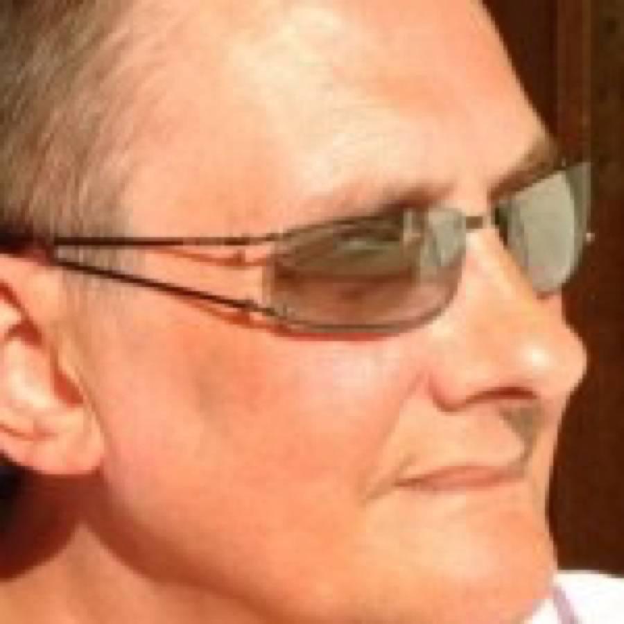 Morto Colin Faver, storico DJ britannico