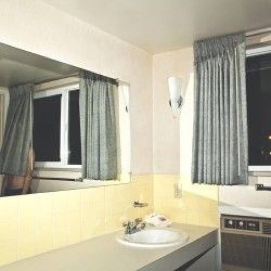 Window EP