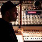 """DJ Shadow. In ascolto """"Bergschrund"""" con il feat. di Nils Frahm"""