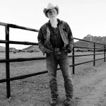 Seasick Steve – Keepin' the Horse Between Me and the Ground