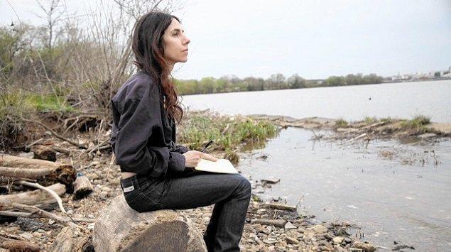 La playlist da quarantena condivisa da PJ Harvey, tra Thom Yorke, Big Thief e Colin Stetson