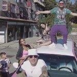 Flow #041 – Limousine rosa fra le case popolari