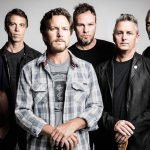 "Pearl Jam, in arrivo ""Mirror Ball Movie"", documentario sul live insieme a Neil Young del 1995"