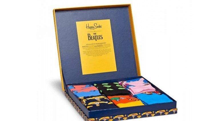 The beatles happy socks dedica una linea di calzini a