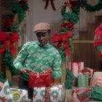 Sia – Santa's Coming For Us