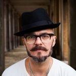 Dai fasti di Madchester al progetto The Deadstock 33s, un'intervista con Justin Robertson