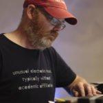 L'estetica del debugging. Intervista a Mark Fell