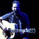 """Pearl Jam. Dal vivo una cover di """"We're Going to Be Friends"""" dei White Stripes"""