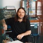 Colonne sonore esistenzialiste. Intervista ad Alessandro Cortini
